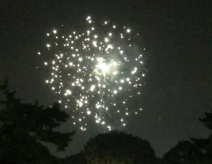 打ち上げ花火2