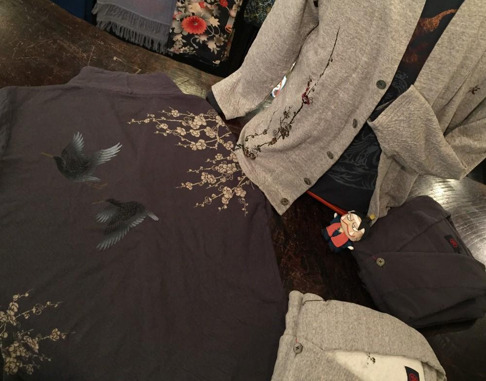 鷺と梅接結着物衿カーディガン桃太郎
